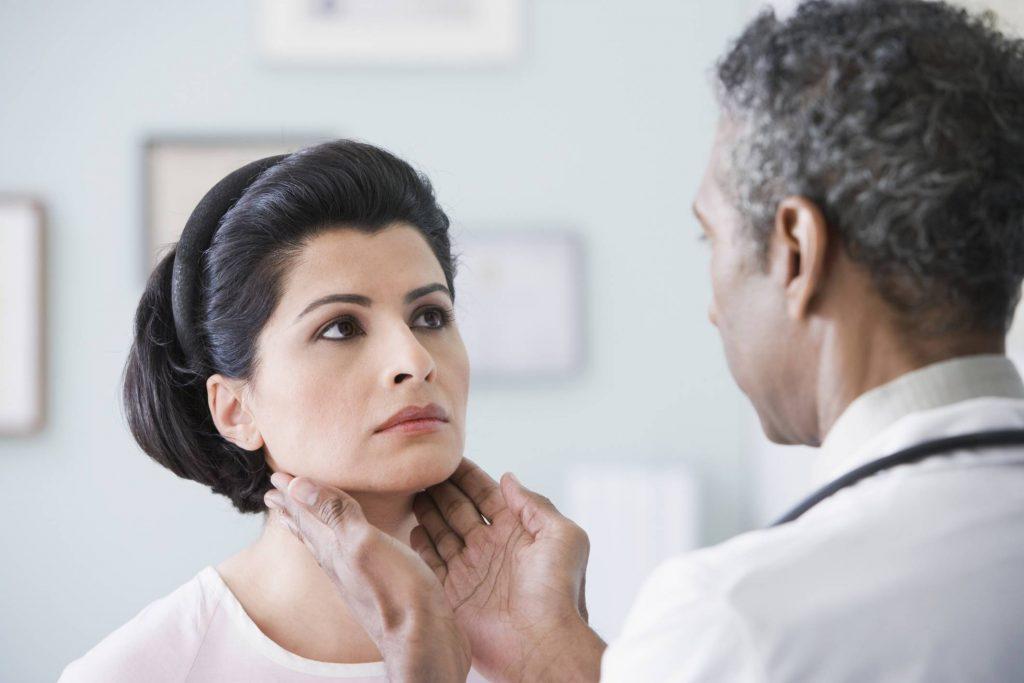 دلیل بدن درد و لرز بدون تب کردن چیست؟