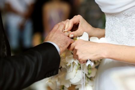 Photo of ازدواج فامیلی خوب است یا بد؟