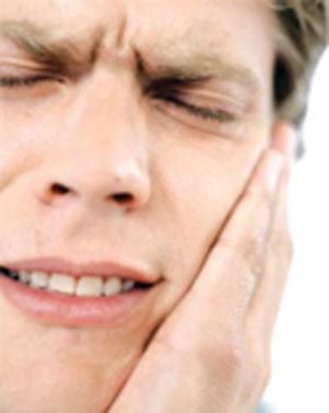 چگونه آبسه دندان را درمان کنیم؟