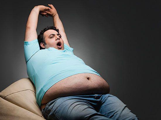 با عادت های شبانه ای که باعث چاقی شما می شوند آشنا شوید