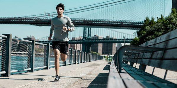 چه تفاوتی بین ورزش با تردمیل و دویدن در فضای باز وجود دارد؟