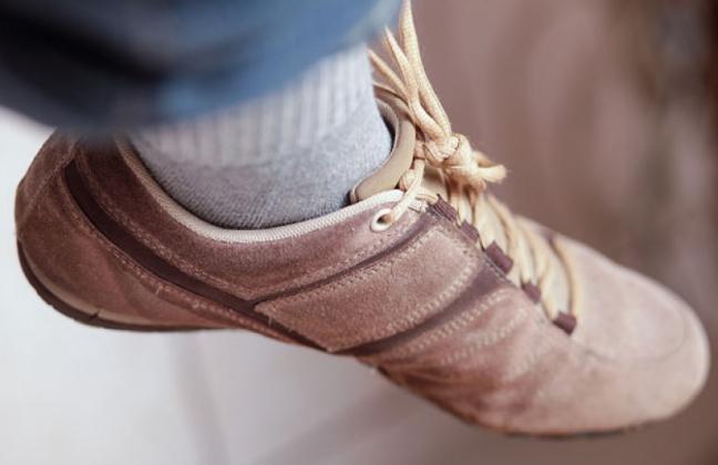 خطرات کفش تنگ برای سلامتی