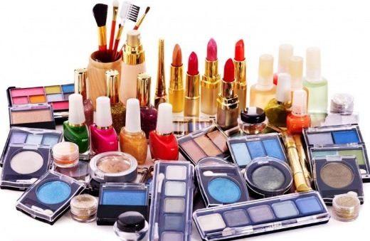 بعضی از محصولات آرایشی و بهداشتی موجب مرگ جنین می شوند!
