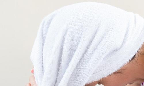 Photo of چرا نباید با موهای خیس به رختخواب برویم؟