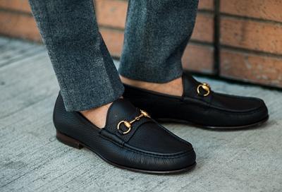 بدون جوراب کفش نپوشید!