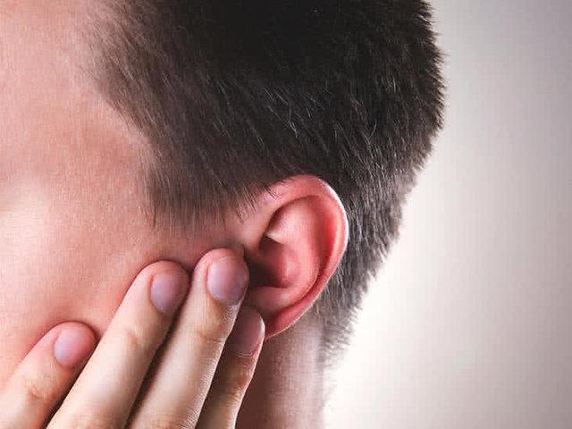 دلیل قرمز شدن و داغ شدن گوش ها چیست؟