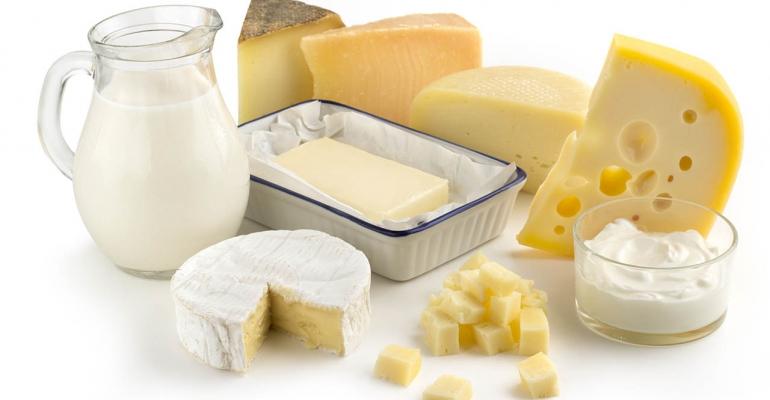 مواد غذایی که کلسیم بیشتر از لبنیات دارند