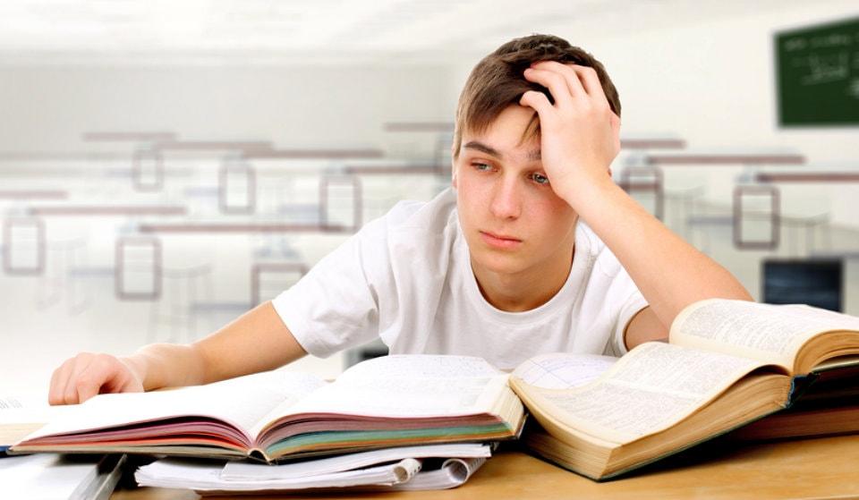 افزایش آمار خودکشی دانش آموزان و دلیل این افزایش نا امیدی