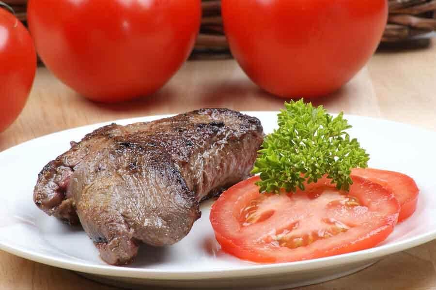 خواص طلایی مصرف گوشت شترمرغ