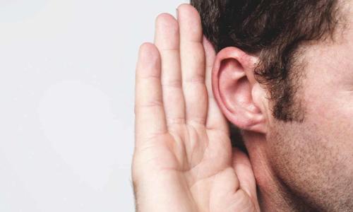 این بیماری های روی گوش های شما تاثیر می گذارند