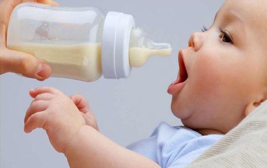 شیرخشک مورد استفاده نوزاد چگونه باید باشد؟