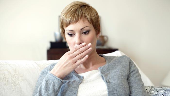 روش از بین بردن تق تق گوش، زانو و شکم