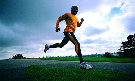 چرا ورزش حال را خوب می کند؟