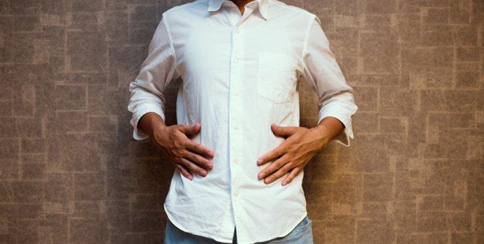دلیل نفخ صبحگاهی چیست و چگونه درمان می شود؟