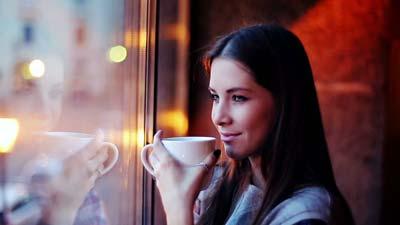 خانم هایی که مرتب قهوه می خورند، این مطلب را بخوانند