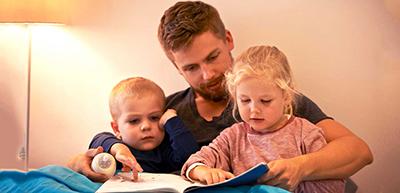 رابطه صمیمی زن با پدر می تواند از او شخصیتی قوی بسازد