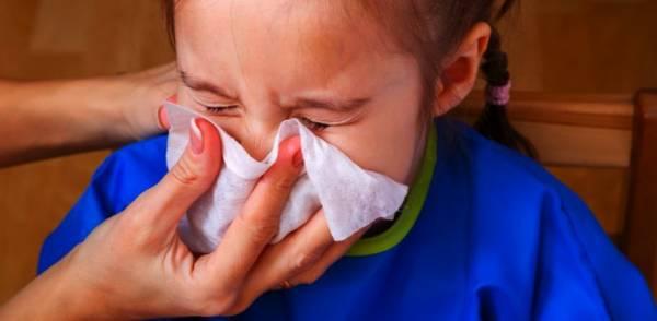رفع گرفتگی بینی نوزاد