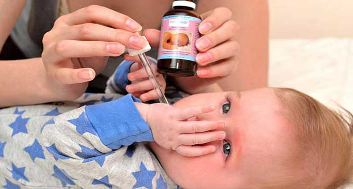 چه زمان به نوزاد قطره آهن بدهیم و چه مقداری باید به او قطره آهن بدهیم؟