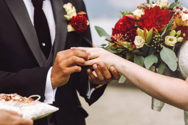 با چه افرادی نباید ازدواج کرد