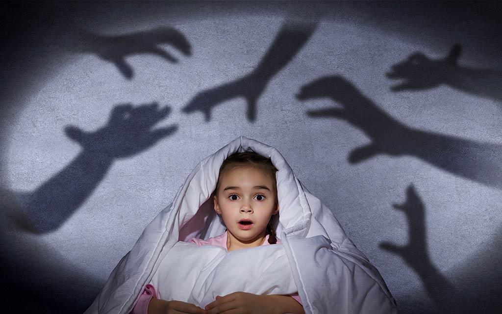 دلیل ترس کودک و نوزاد از غریبه ها چیست