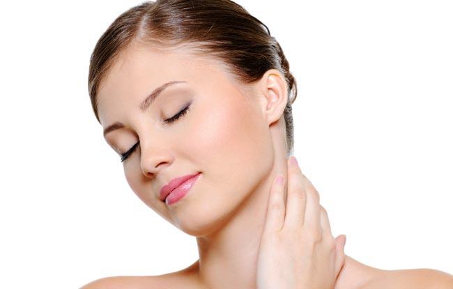 درمان شلی و افتادگی پوست گردن