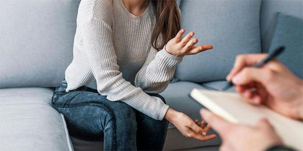 اختلالات روانپزشکی قابل درمان در کلینیک روانپزشکی
